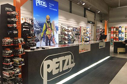 PETZL Shop Fitting